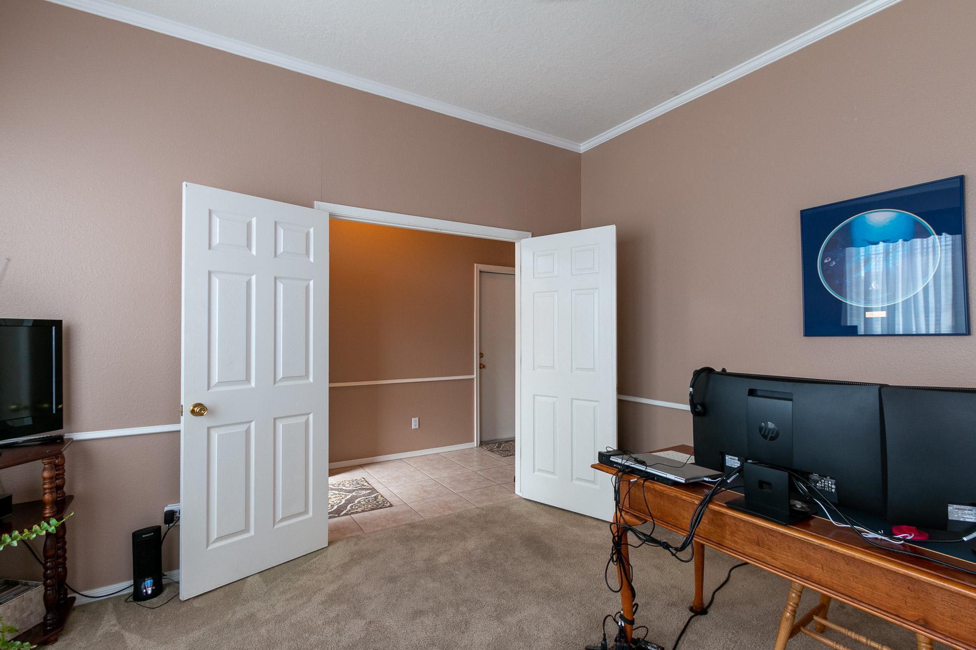 9632 Benton St NW-Office Flex