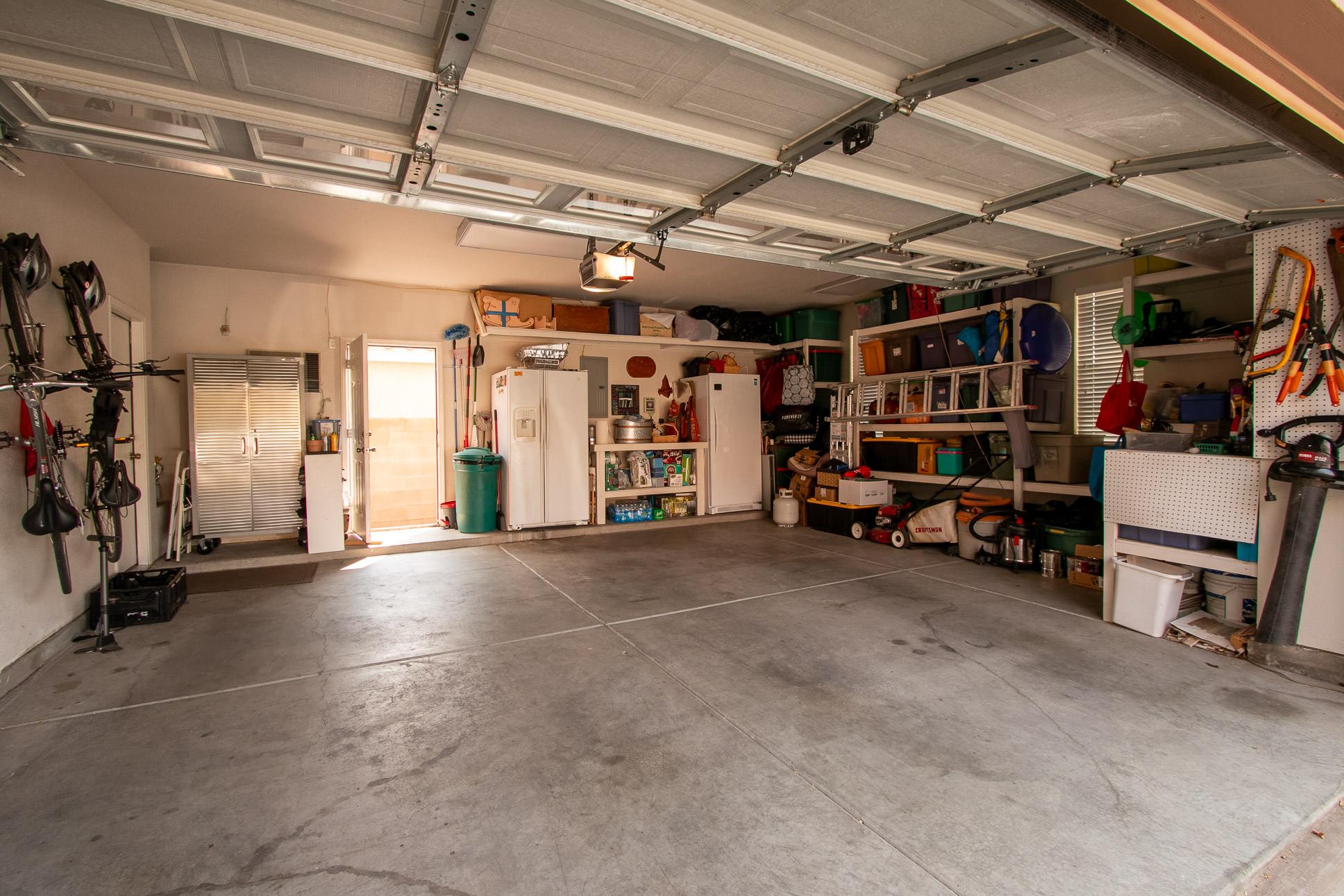6009 Sipapu_2.5 Car Garage